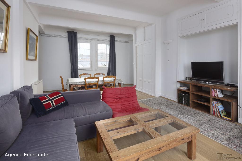 saisonnier appartement dinard t3 saisonnier 3 pi ces m agence emeraude. Black Bedroom Furniture Sets. Home Design Ideas